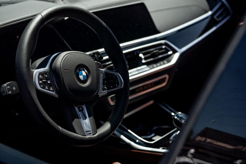 car-steering